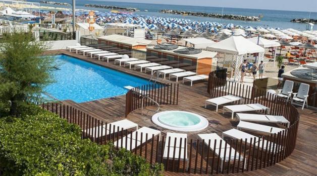 hotel villa saba bellaria-buzzmagazine